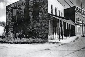 Stewart's Garage Museum Photos 1 (2)