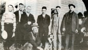 New Dublin workers at Ira Mallory SAwmill 1920's Darling Bk3p155