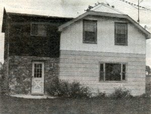 browntown-lorren-browns-old-home-nead-addison-darling-bk3p32