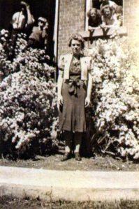 greenbush-sch-teacher-lillian-pelton-1942-mack-digital